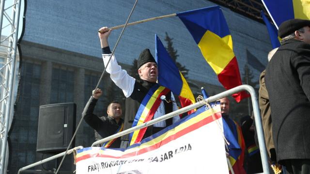 LIVE TEXT & VIDEO   Deputat de la București: Unirea R.Moldova cu România trebuie să se facă după modelul german - prin vot în ambele parlamente