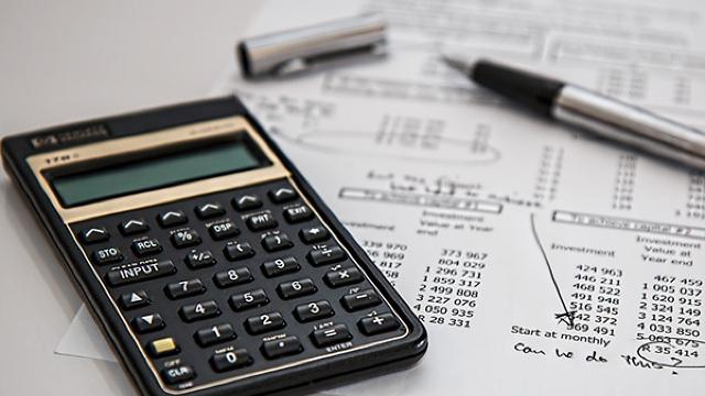 La 15 octombrie expiră ultimul termen de plată a impozitului pe bunurile imobiliare