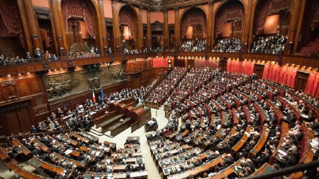 Blocaj politic în Italia. Formarea noului guvern printr-un acord între partidele politice