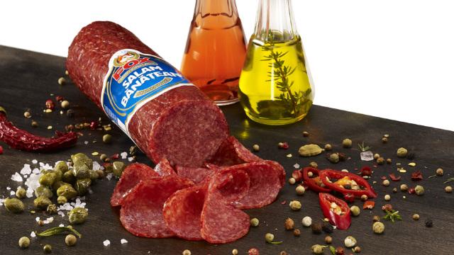 Produse tradiționale românești | Secretul unui salam bănățean autentic