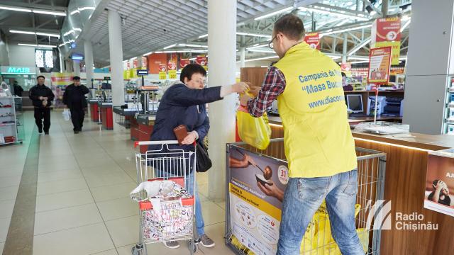 """Peste 40 de tone de produse alimentare au fost colectate pentru """"Masa Bucuriei"""""""