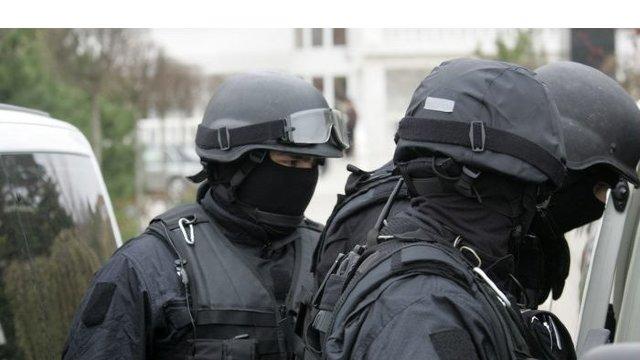 Un grup infracțional ce racola persoane și le impunea să cerșească a fost anihilat