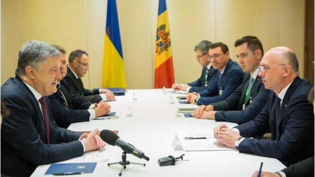 Legea cu privire la controlul comun la frontiera moldo-ucraineană a fost promulgată de Petro Poroșenko