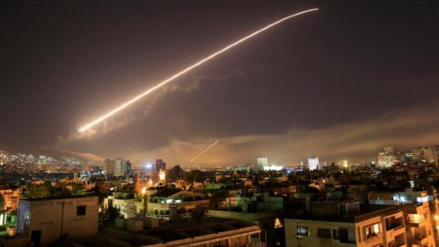ANALIZĂ | Ce se știe până acum despre atacul SUA și al aliaților săi în Siria (Monitorul Apărării și Securității)