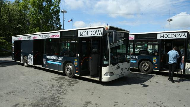 FOTO | Autobuzele, donate de Primăria București, au ajuns astăzi la Chișinău