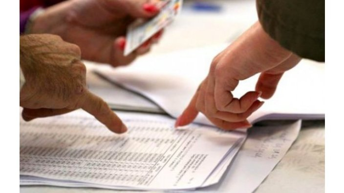CEC vine cu precizări privind lipsa buletinelor de vot în câteva secții de votare din municipiul Chișinău