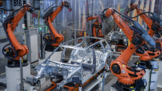 Pandemia accelerează automatizarea. Milioane de locuri de muncă sunt în pericol - Raport Forumul Economic Mondial