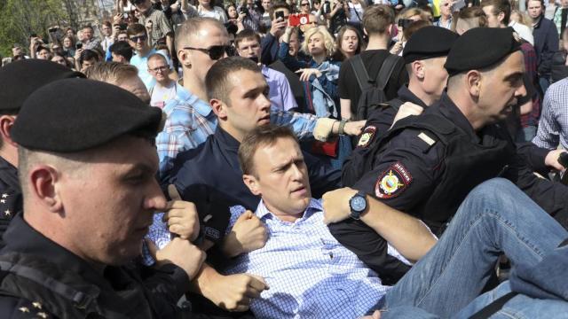 Manifestaţii anti-Putin în Rusia | Aleksei Navalnîi a anunţat că a fost eliberat
