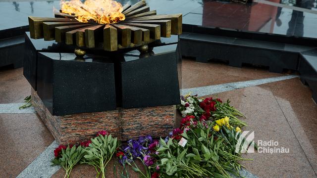 FOTO | Primele persoane în stat au participat la ceremonia consacrată Zilei Victoriei asupra Germaniei Naziste