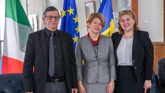 Donație de carte către Biblioteca Națională a Republicii Moldova