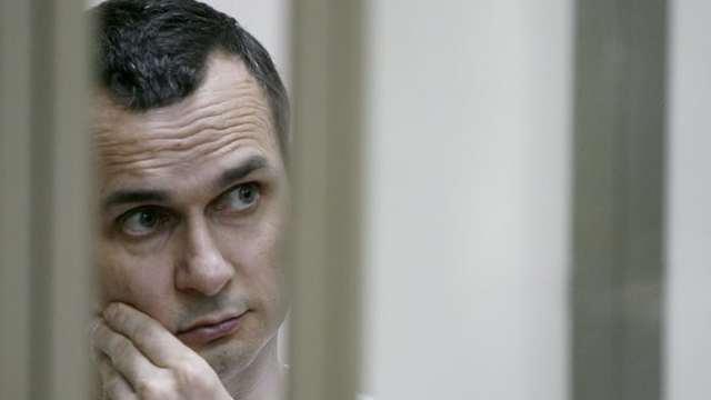 Regizorul ucrainean Oleg Sențov, aflat în detenţie în Rusia, a intrat în greva foamei