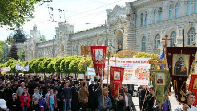 Marș al tăcerii, în susținerea familiei tradiționale la Chișinău