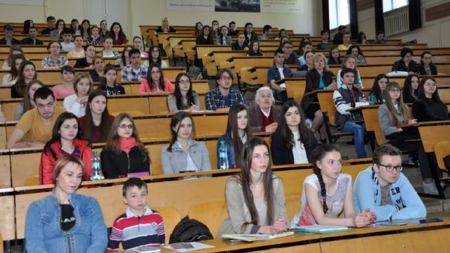 În ultimii ani, numărul studenților în R.Moldova a scăzut cu 40%