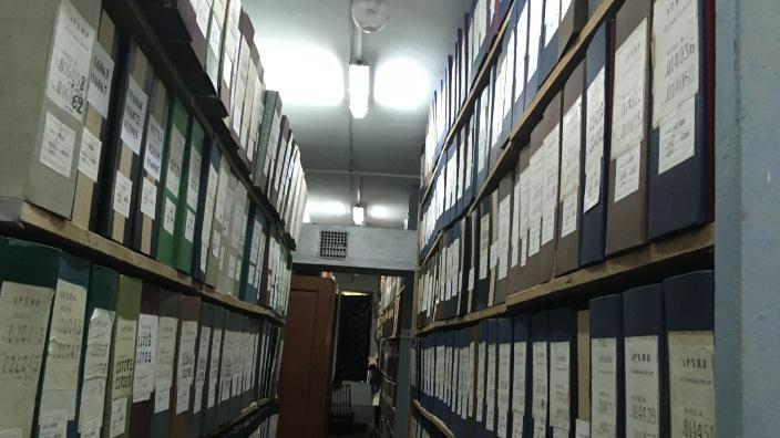 FOTO   250 de mii de file de documente ale Arhivei de Stat au fost digitalizate