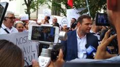Un nou protest în susținerea primarului ales Andrei Năstase, în fața primăriei Capitalei