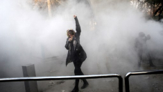 Forţele de ordine de la Teheran au folosit gaze lacrimogene pentru a-i dispersa pe protestatari