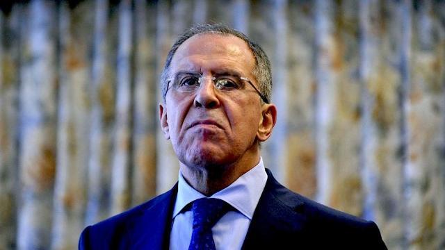 Serghei Lavrov: Rusia va continua să bombardeze obiectivele militanţilor din provincia siriană Idlib dacă este nevoie
