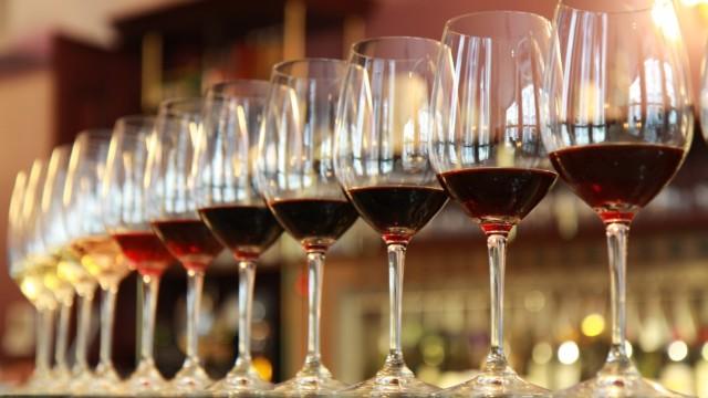 Un catalog al vinurilor moldovenești premiate cu aur în anul 2018 va fi lansat la Chișinău