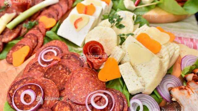 Covasna | Specialităţi din carne de urs şi mistreţ la Festivalul Transylvanian Barbeque de la Sfântu Gheorghe