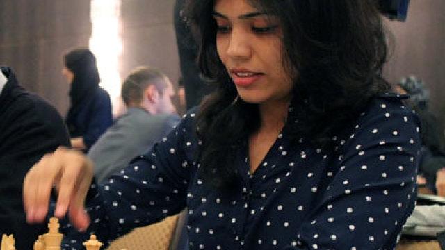 Campioană mondială la şah, refuză să poarte o basma pe cap și se retrage dintr-un turneu internaţional din Iran