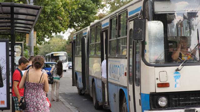 Un autobuz cu rută temporară va asigura transportarea călătorilor, pe timpul lucrărilor de pe strada București