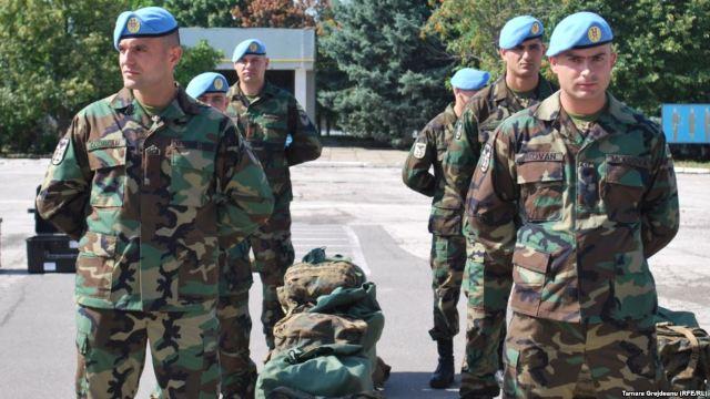 Încă 40 de militari moldoveni pleacă în Kosovo