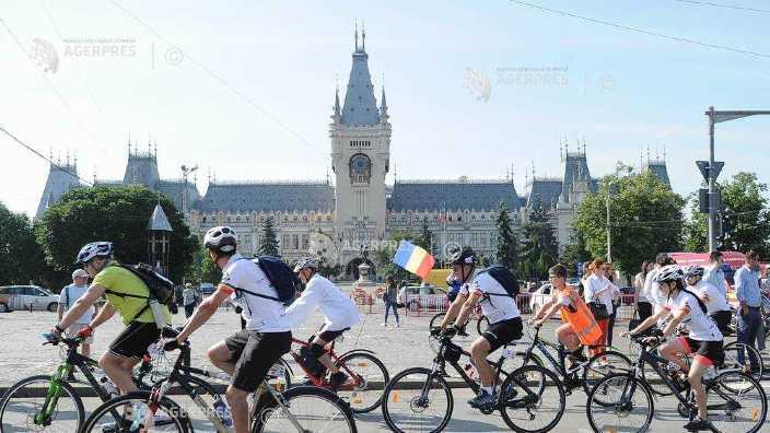 Centenarul Unirii   Zeci de bicicliști au plecat spre Alba Iulia