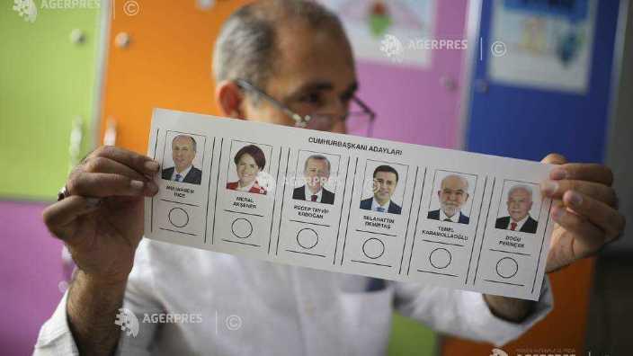 Turcia   S-au deschis secţiile de vot pentru alegeri prezidenţiale şi legislative, cruciale pentru Erdogan (FOTO)