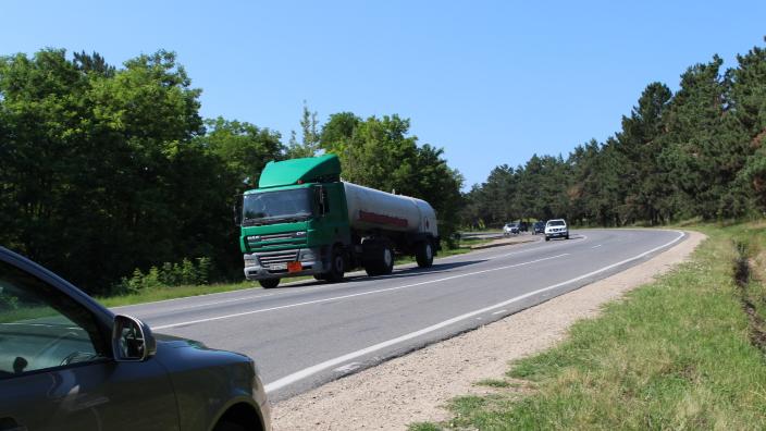 Este interzisă, provizoriu, circulația transportului de mare tonaj pe drumurile naționale