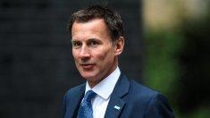Noul ministru de externe britanic, Jeremy Hunt, avertizează cu privire la posibilitatea unui Brexit fără acord
