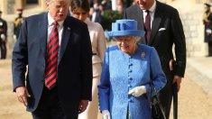 VIDEO | Trump încalcă protocolul regal. A luat-o în fața reginei şi dezvăluit că i-ar fi spus că Brexit-ul este