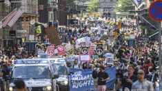 Finlanda | Mii de persoane au manifestat la Helsinki, în preajma summitului Donald Trump - Vladimir Putin