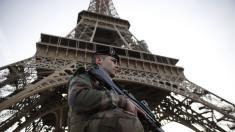 Francezii sunt în alertă. Sute de persoane acuzate de terorism sau radicalizate vor fi eliberate din închisoare
