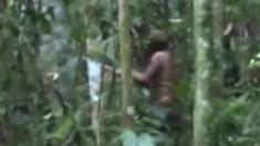 VIDEO | Imagini rare cu ultimul supraviețuitor al unui trib din Pădurea Amazoniană