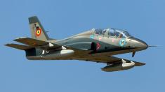 UPDATE | Au fost recuperaţi cei doi piloţi care s-au catapultat în urma accidentului aviatic de la Bacău