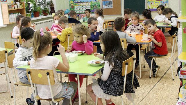Mai multe grădinițe de copii din Chișinău ar putea fi închise. Primăria caută bucătari