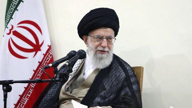Iran | Aiatolahul Khamenei sprijină idee de a bloca exporturile de petrol din Golf ca răspuns la sancțiunile americane