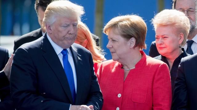 """Donald Trump anunță că a avut o întâlnire """"extraordinară"""" cu Angela Merkel"""
