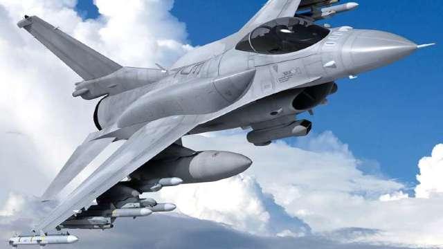 Slovacia va achiziţiona 14 avioane de luptă americane F-16 pentru 1,6 miliarde de euro