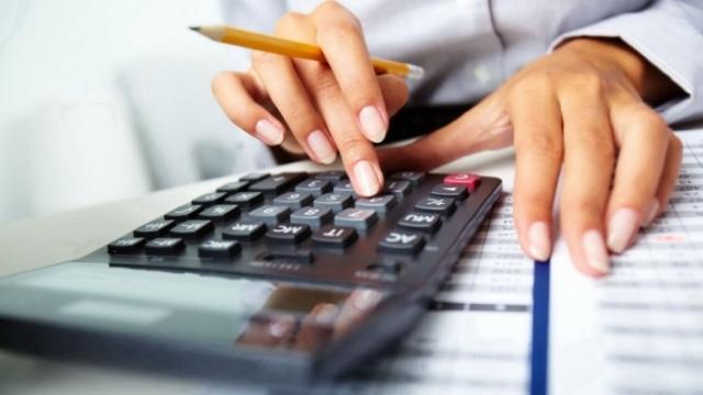 Cu cât se vor mări salariile profesorilor începând cu 1 septembrie