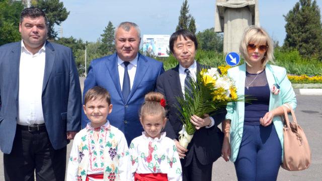 VIDEO | Vizită oficială la Bălți: Ambasadorul Japoniei în R.Moldova vorbește româna, primarul – doar rusa (ZdG)