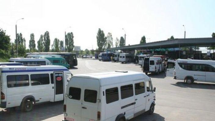 Dosar de corupție a gărilor | 1,5 milioane de lei, mulţumire din partea şoferilor pentru scutirea de controale