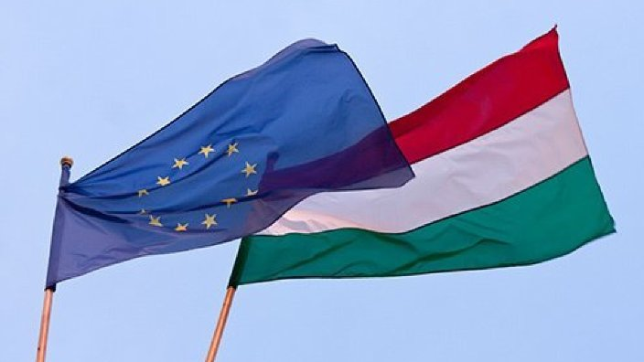 Împotriva Ungariei ar putea fi declanşată procedura de infringement din cauza pachetului de legi