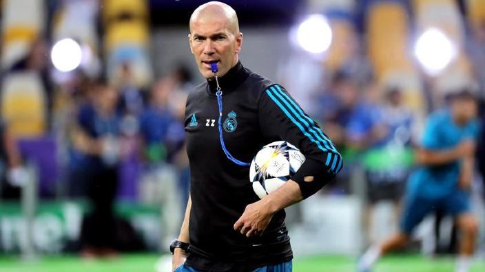 Fotbal | Juventus Torino a dezminţit că ar negocia cu Zidane