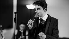 Pauza de cafea | Ion Dodon, tânărul moldovean care a cucerit italienii cu pasiunea lui pentru muzică retro