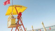 Turiştii au accesul interzis în mare, în sudul litoralului românesc, din cauza unor curenți marini periculoşi