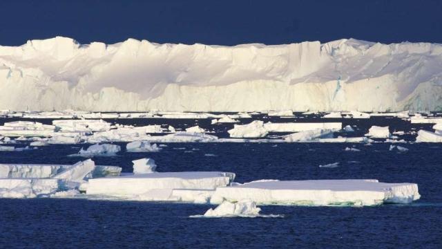 Cea mai veche și mai groasă parte a calotei glaciare din Oceanul Arctic a început să cedeze sub presiunea încălzirii climatice