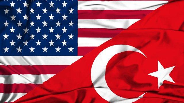 Reuniune de urgenţă a băncilor din Turcia, după ce SUA a majorat taxele de import la oțel și aluminiu