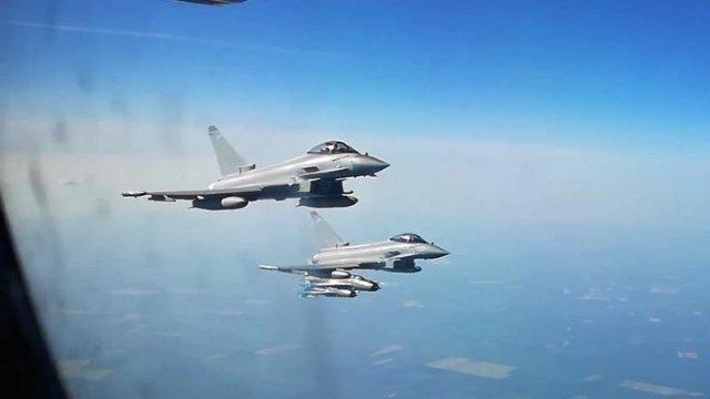 """Rusia acuză aviația britanică de """"provocări"""" prin interceptarea avioanelor sale de patrulare deasupra Mării Negre"""