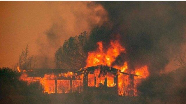 Incendiile din California au făcut a zecea victimă